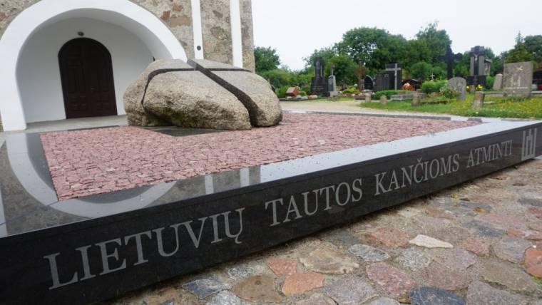 Pasipriešinimo sovietinei okupacijai atminimo ženklai Kretingoje