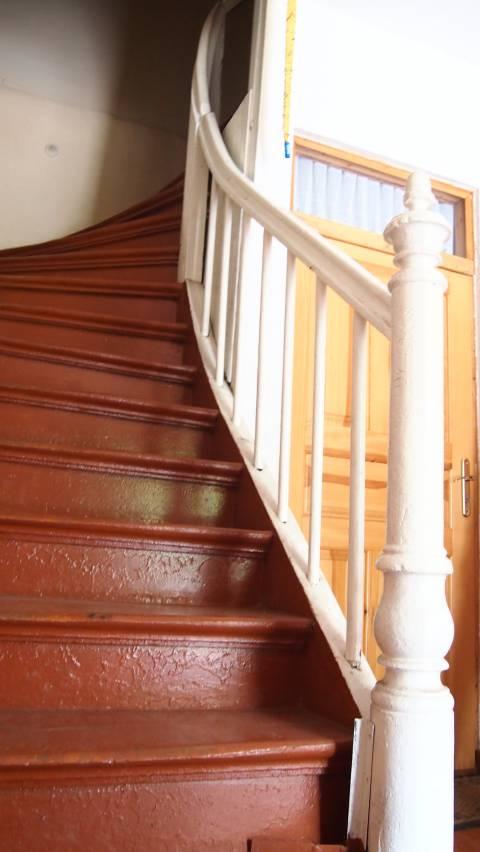 Bachmano dvaro rūmų vidiniai laiptai