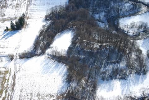 Veiviržėnų piliakalnis iš oro