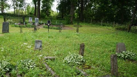 Šventvakarių kaimo evangelikų liuteronų senosios kapinės