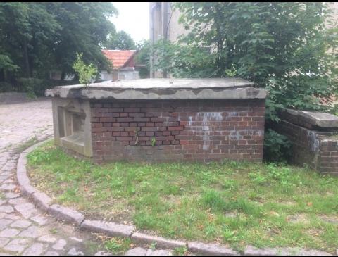 Stebėjimo posto bunkeris tarp Liepų g. 53 ir 55 pastatų