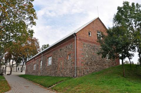 The Kretinga Manor Garage