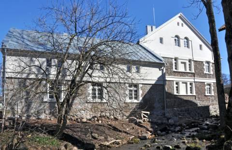 Kretingos dvaro ūkvedžio namas iš pietų pusės
