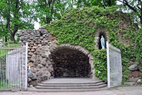 The Kretinga Lourdes