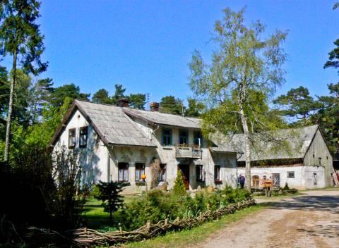 Senasis Karklės girininkijos pastatas