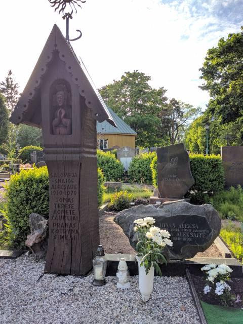 Jono Prano Aleksos kapas Palangos senosiose kapinėse
