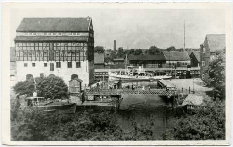 Ryžių malūnas ir grandinių tiltas