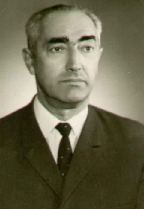 Dr. Borisas Efrosas