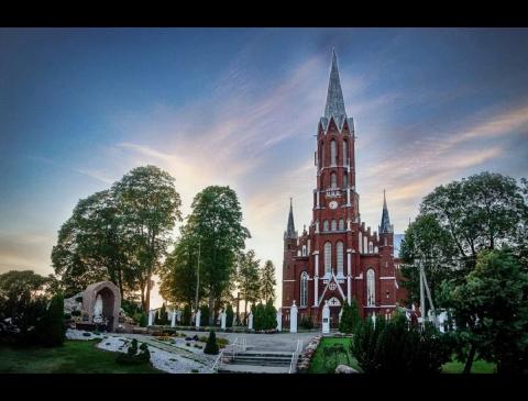 Šilalės ŠV. Pranciškaus Asyžiečio bažnyčia