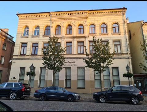 Pastatas Turgaus g. 8. Klaipėdos miesto savivaldybės I. Kanto biblioteka