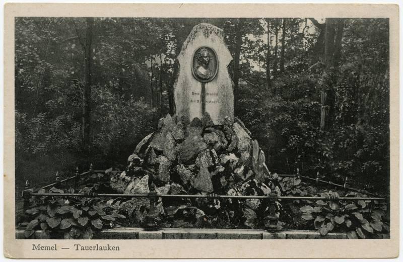 Memel - Tauerlauken : Koenigin-Luise-Denkmal