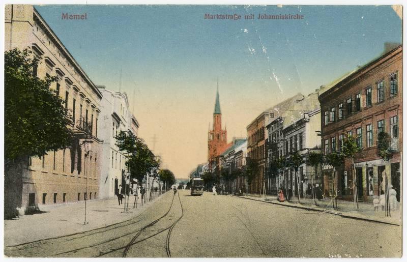 Memel Marktstrasse mit Johanniskirche