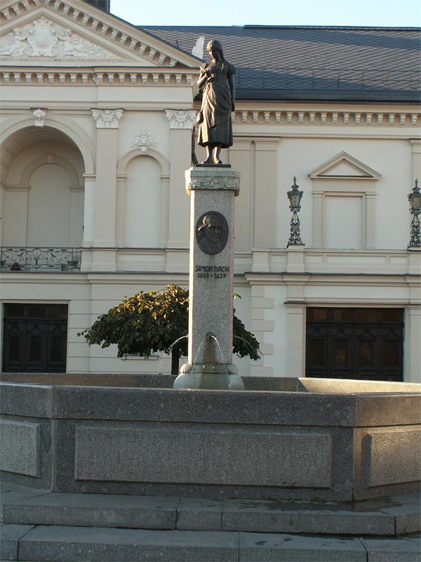 """Skulptūra """"Taravos Anikė"""""""