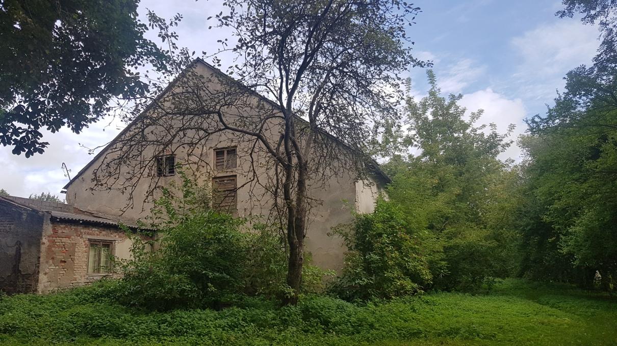 Išlikęs Joniškės dvaro ūkinis pastatas