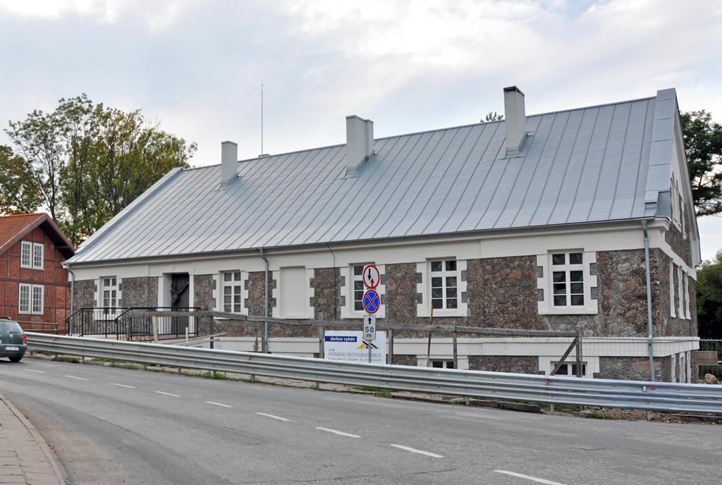 Kretingos dvaro ūkvedžio namas iš šiaurės rytų pusės