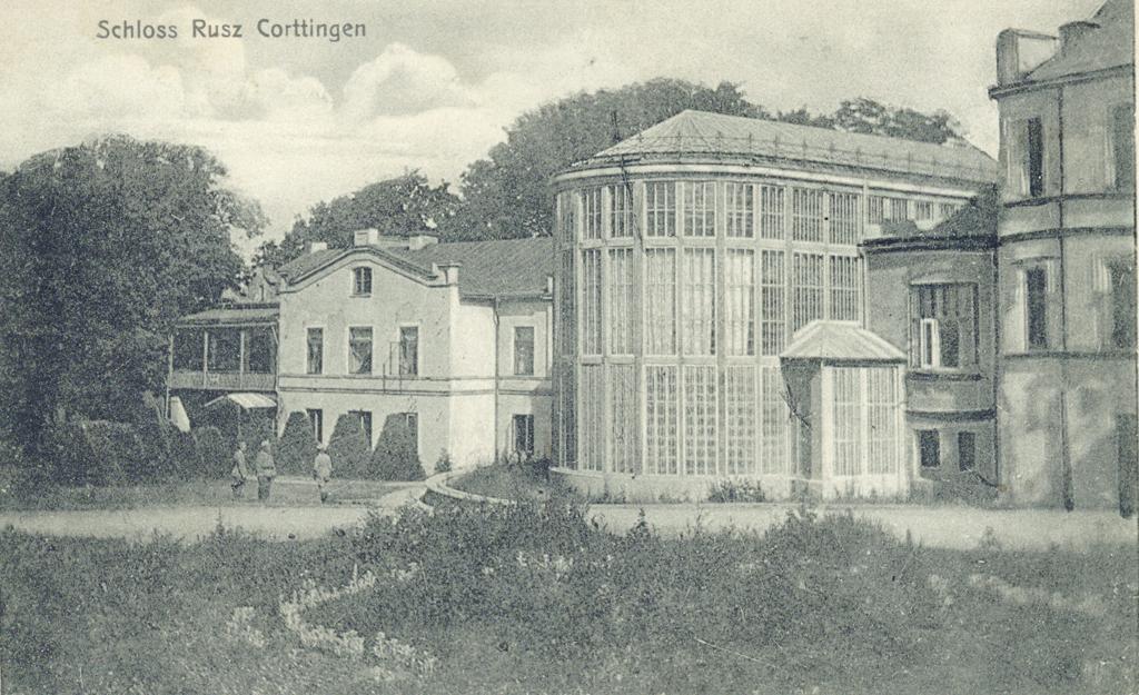 Kretingos dvaro rūmų fligelis ir Žiemos sodas
