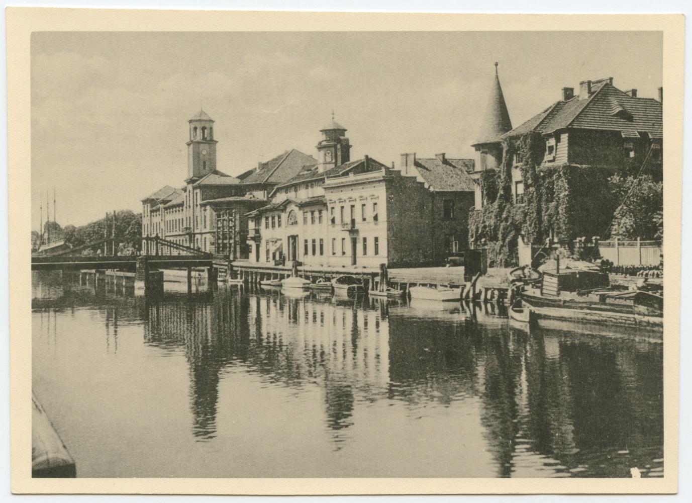 Danės upė, senasis paštas ir birža