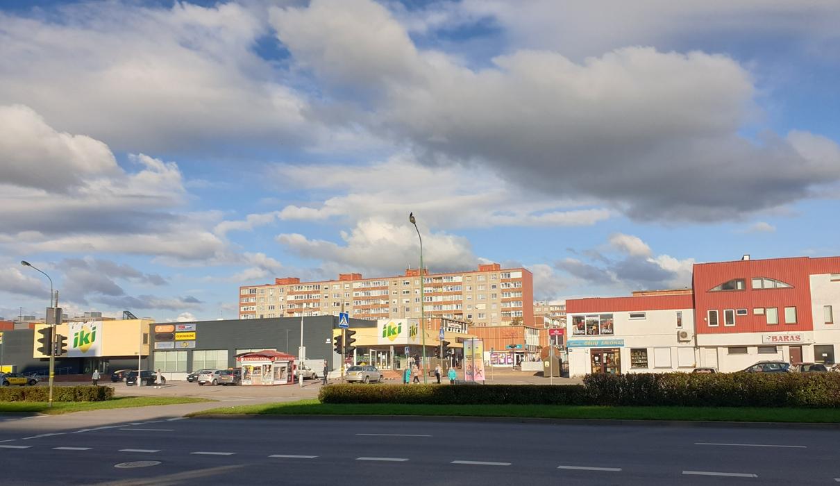 """""""Žardės"""" visuomeninis-prekybinis centras"""