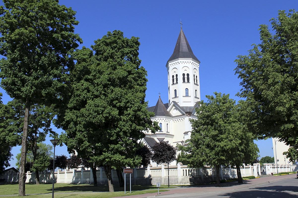 Tauragės Švč. Trejybės bažnyčia